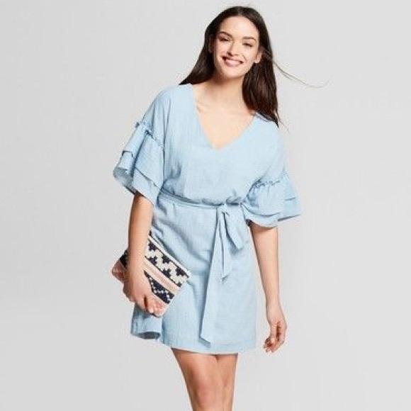 81542fc8ba6 Universal Thread Blue Ruffle Sleeve Dress. M 5b00a6d8b7f72b1d56f86465